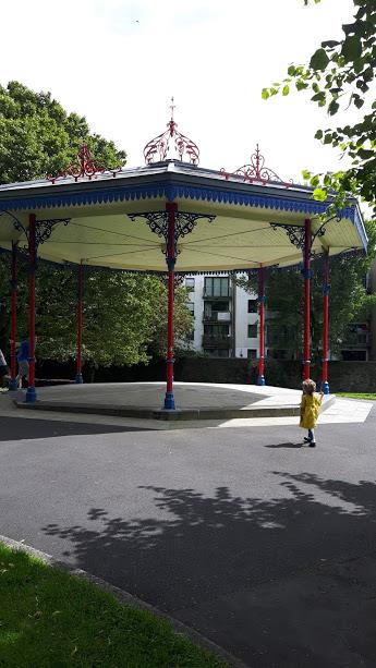 park use bandstand