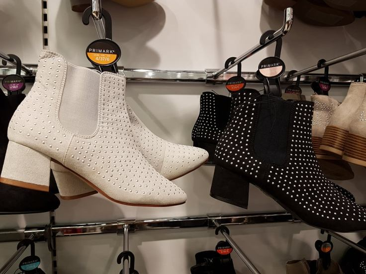 stud boots 7euro