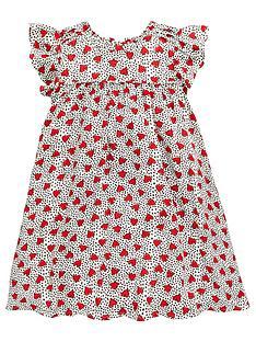 heart dress. v.jpg